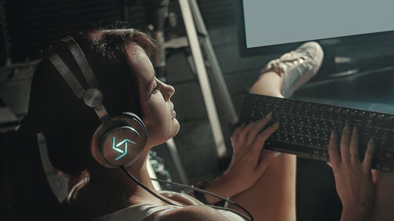 Booster One gaming slušalice