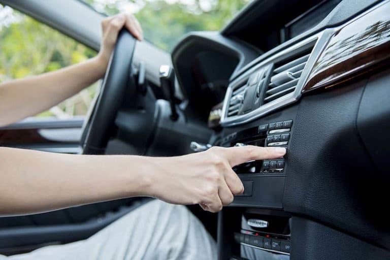 Velika novina za povećanu bezbednost – vozači će preko radija biti obavešteni o nesreći na putu